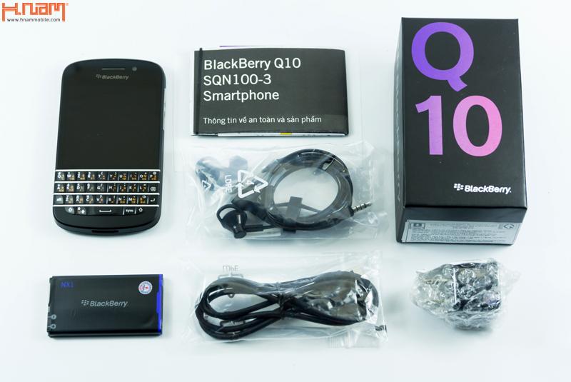Mở hộp Q10 bàn phím Thái của Blackberry