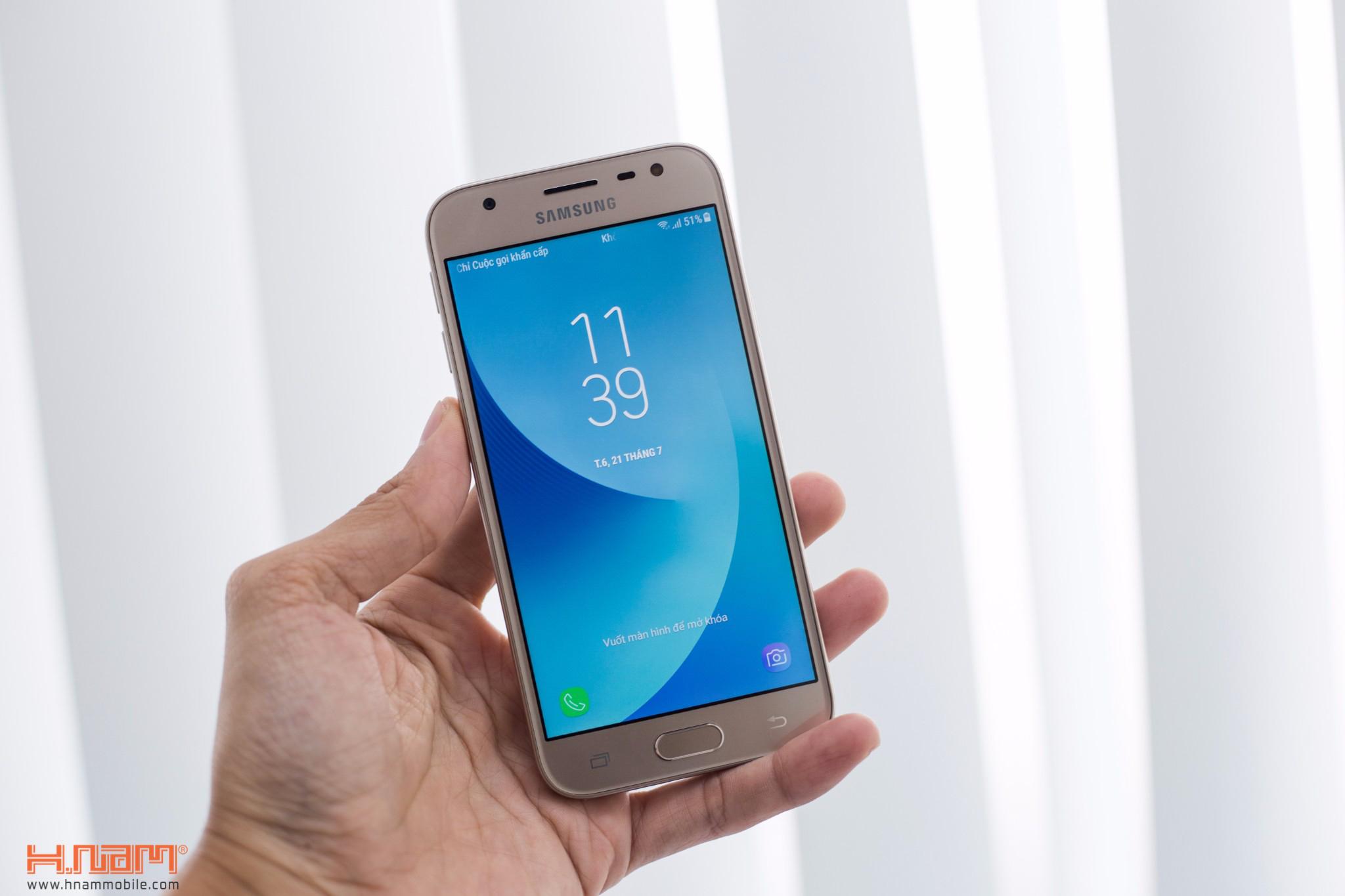 Đập hộp Samsung Galaxy J3 Pro: giá hơn 4 triệu đồng, camera F/1.9 hình 3