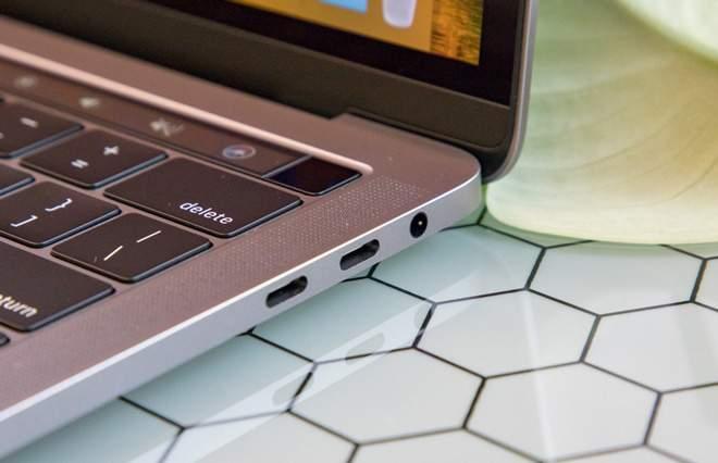 MacBook Pro Touch Bar 2018 MR9Q2 Gray hình sản phẩm 2
