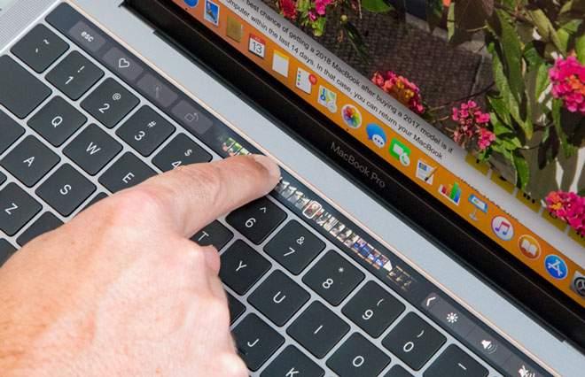 MacBook Pro Touch Bar 2018 MR9Q2 Gray hình sản phẩm 4