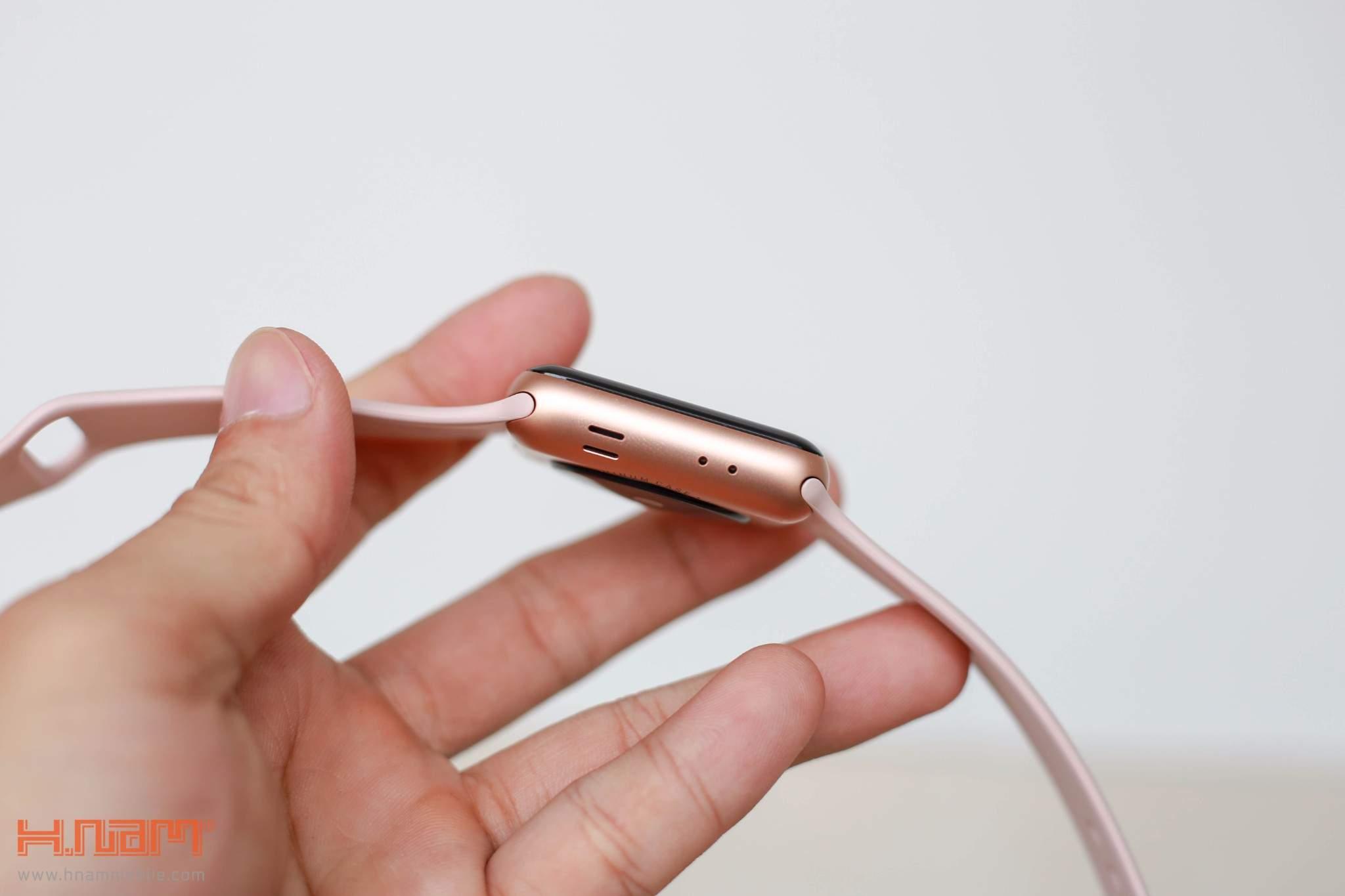 Apple Watch Series 3 Cellular 42mm Gray Aluminum Case- MQK22 ( Trôi bảo hành , chưa Active) hình sản phẩm 3