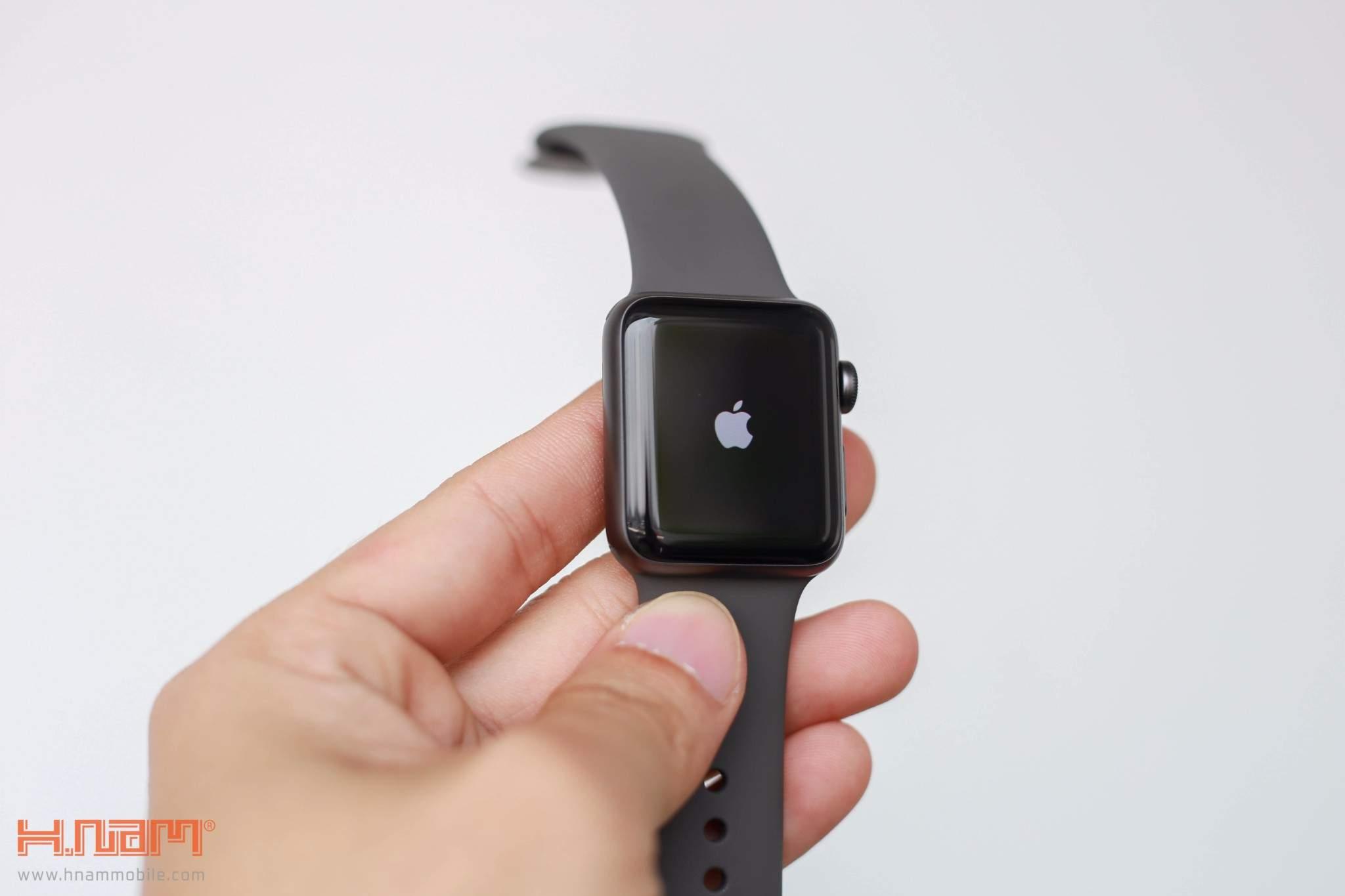 Apple Watch Series 3 38mm Gray Aluminum Case-MQKV2 hình sản phẩm 0