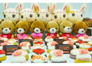 Hình ảnh quà 8/3/2014 dành cho nhân viên nữ Hnam Mobile