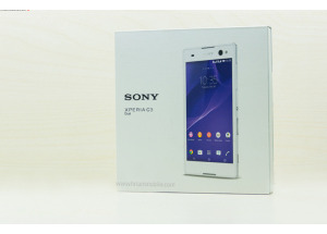 Mở hộp Sony Xperia C3